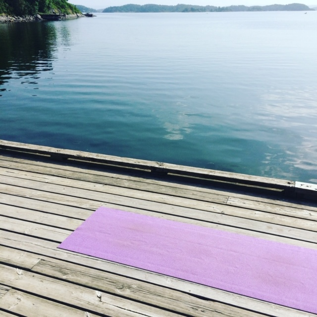 3 tips til å opprettholde yoga praksisen i sommer!
